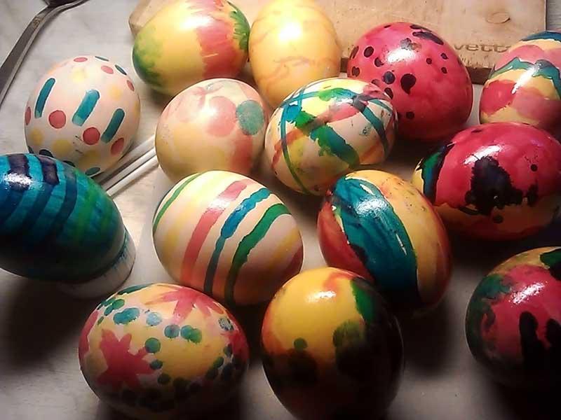 (04.05.2013 blogger) Красили яица - А потом раздали родственникам
