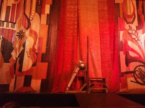 (30.11.2013 gorod) Дон Кихот и мыльные пузыри - Драма номер три