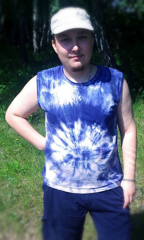 (19.06.2015 blogger, me) Покрасил футболку - Красивым узором