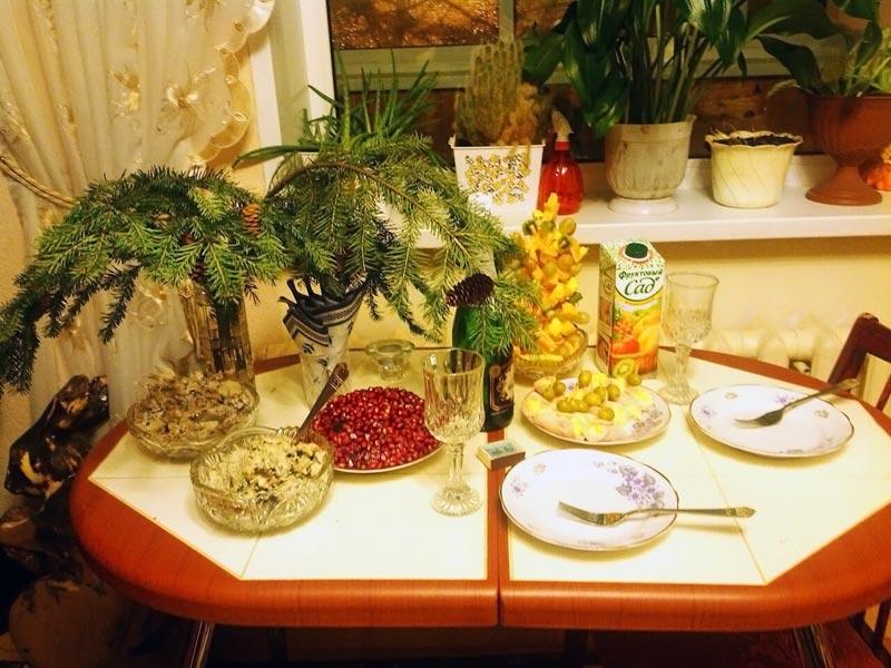 (31.12.2015 blogger) Новогодний стол - У нас с Аленой