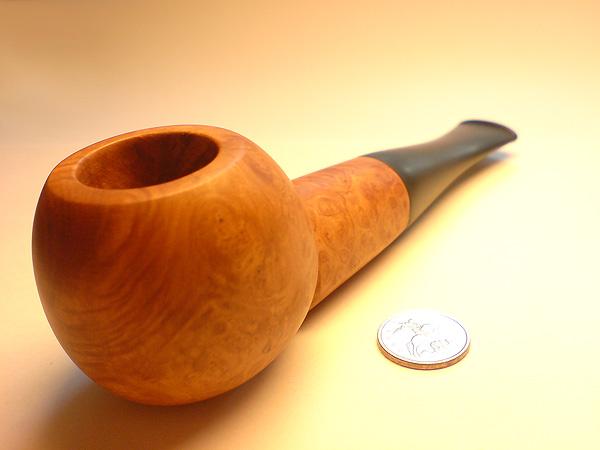 D.iK.iJ - моя первая курительная трубка