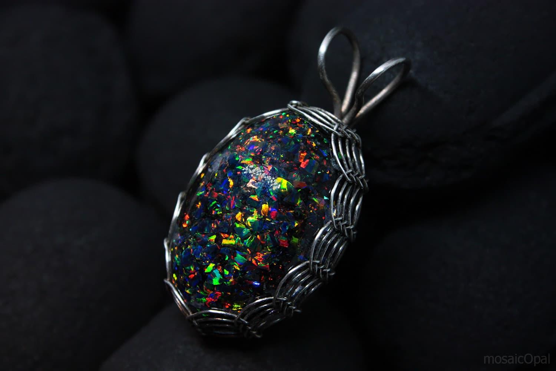 (31.07.2020 handmade) Яйцо дракона - Кулон с лабораторными опалами