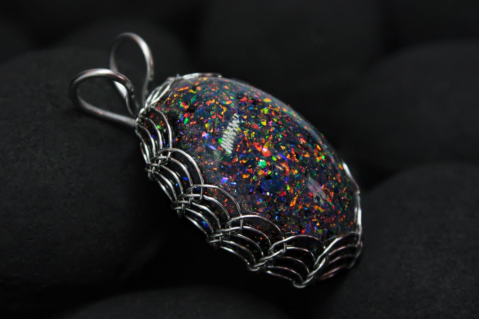 (04.05.2021 blogger, handmade) Большой кулон с черными опалами - Новая модель, плетение Викинг
