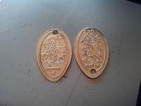 (16.02.2013 blogger) Медальоны из зоопарка - Сделали из двух рублевых монет