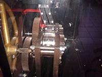 (16.02.2013 blogger) Медальоны из зоопарка. Сама машина - Вот этим механизмом и делали медальоны