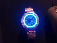 (25.02.2013 blogger) Сенсорные светодиодные часы - Не Стимпанк, но как с инопланетной свалки артефактов