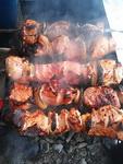 (02.03.2013 blogger) Шашлыки - Мясо жарится и жарится...