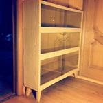 (07.10.2014 instagram, blogger) Обувница из книжных полок - Покрасили и обклеили пленкой