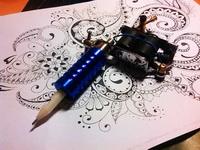 (04.03.2015 blogger) Машинка для временных татуировок - Да, там внутри стержень от ручки